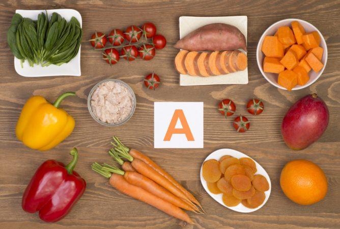 Alimentos ricos em vitaminas A e C ajudam a evitar doenças nos olho
